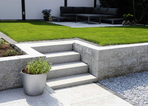 Home View Landscapes - Step design