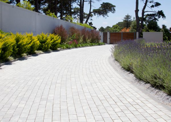 Home View Landscapes - paving4
